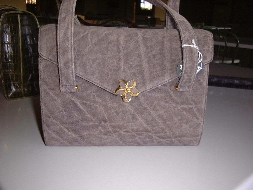 Дамские сумочки из кожи крокодила.  Дамская сумочка из кожи слона.